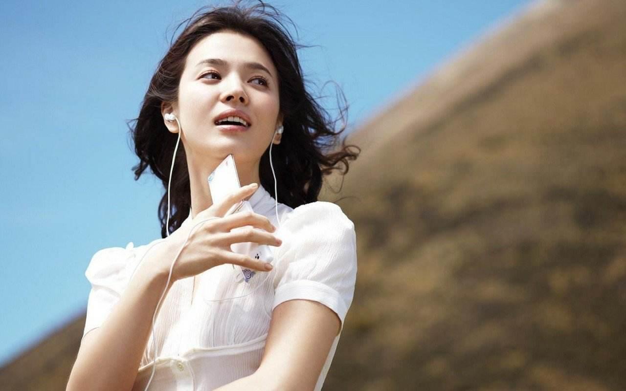 宋慧乔起诉与宋仲基离婚过程中的造谣者