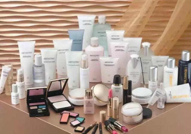 如何根据肌肤情况科学选购化妆品