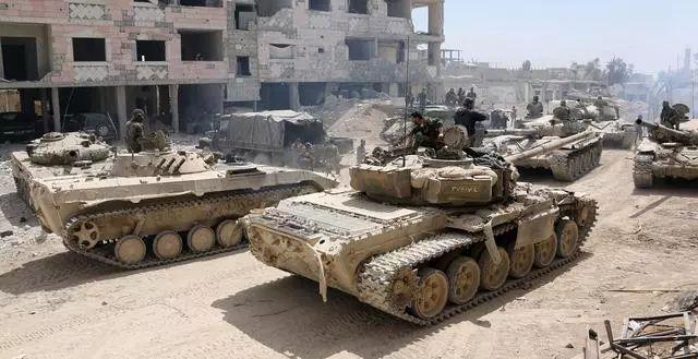 军事-免费yoqq战争在凌晨打响,一晚上100多次轰炸,俄发出警告:立即停止进攻yoqq资源(3)
