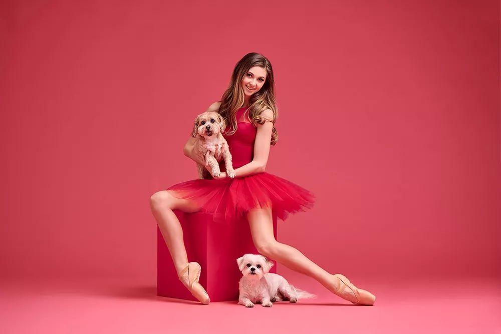 宠物-与狗狗共舞的芭蕾舞者(24)