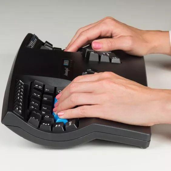 Kinesis 人体工学键盘 樱桃轴 茶轴 舒适 个性机械键盘 分离式 Advantage2QD