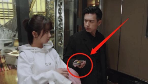 李现在《亲爱的》中吃的糖果火了,得知价格后,网友:开玩笑吧?