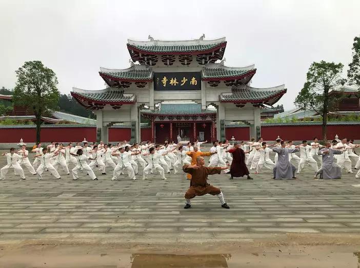 """直播预告""""丝绸之路""""国际未来青年领袖中华文化体验营毕业典礼"""