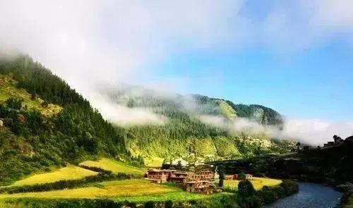 湟中县莲花湖水利风景区