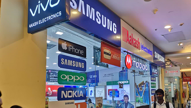 """从中国打到印度 国产手机的""""千元之战"""""""