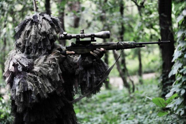 真实的战场上,狙击手打军官是最傻的行为?这才是正确的狙杀顺序