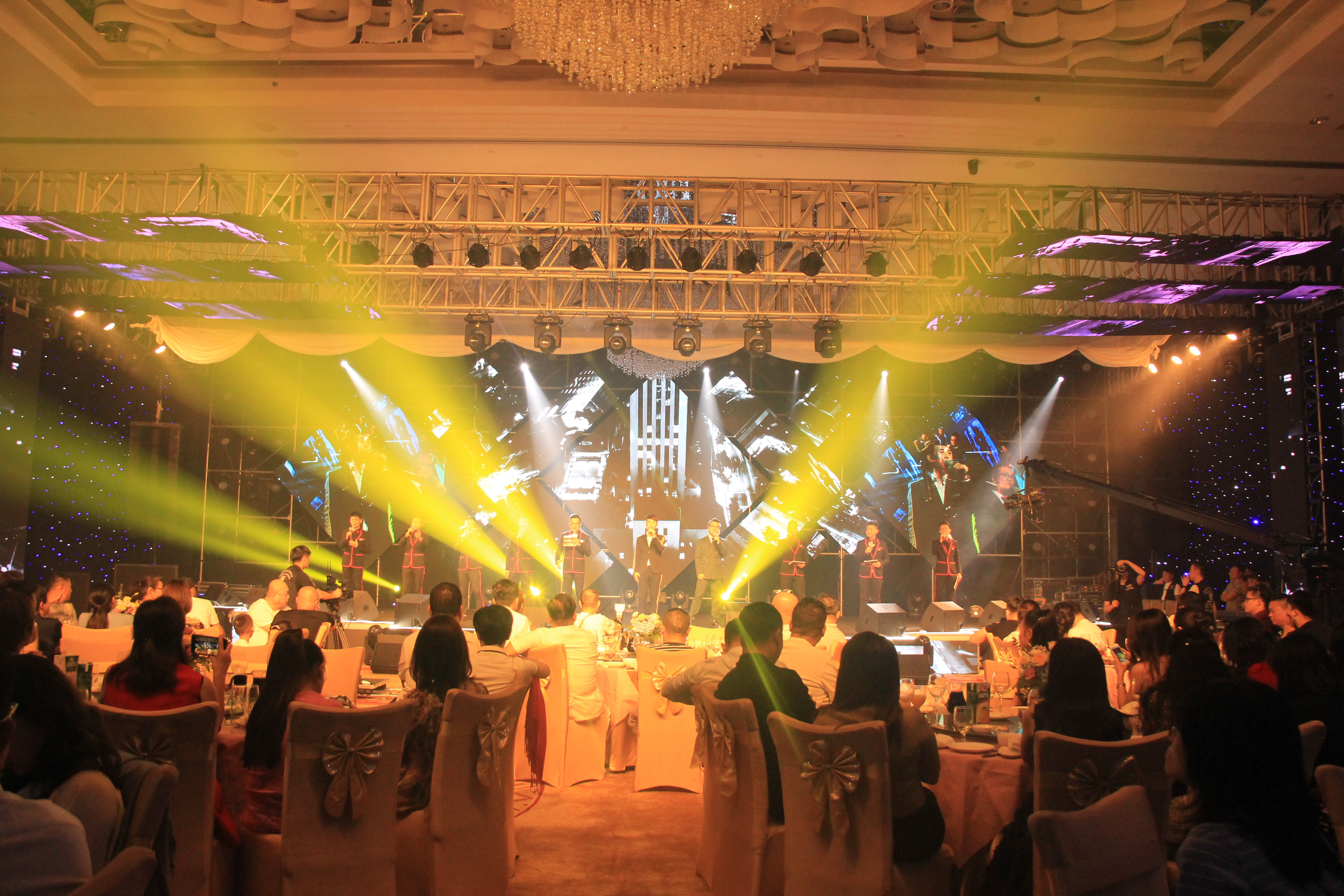 <b>音你而来——香港凯歌传媒十周年感恩盛典为美发声!</b>