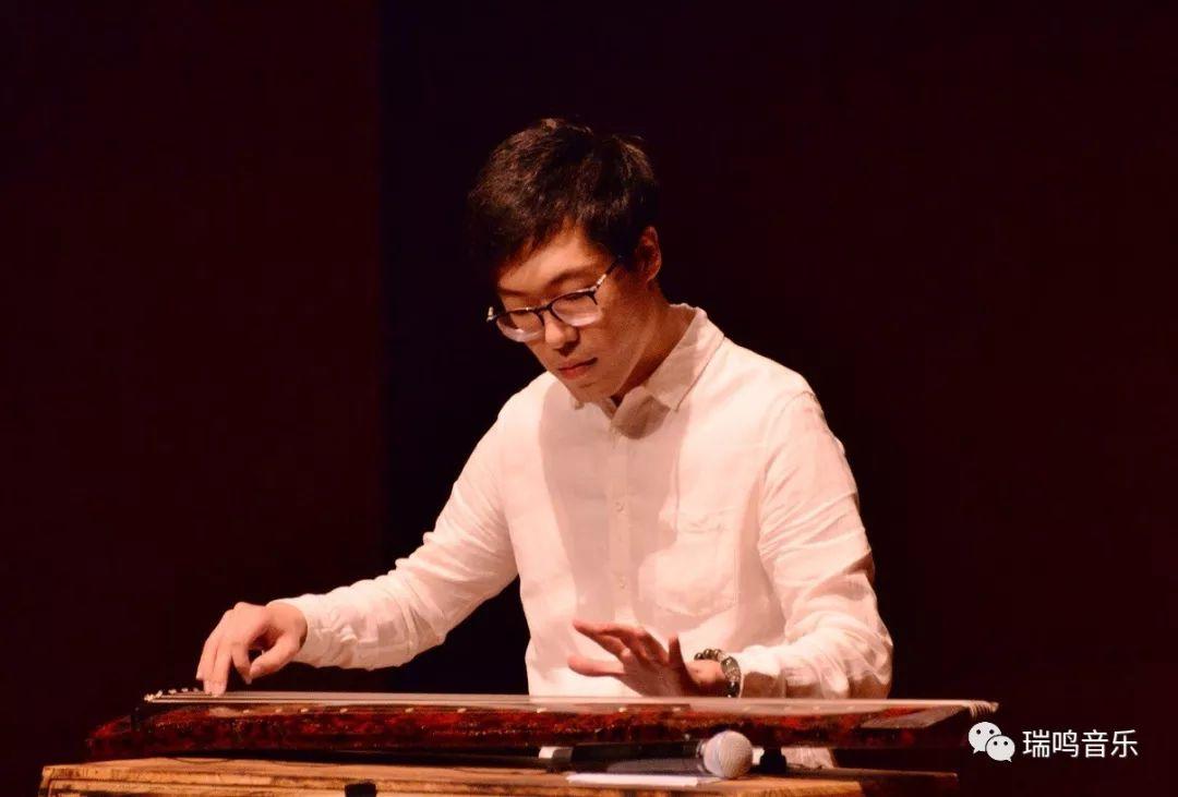 古琴演奏家们在赵家珍老师带领下献上一场精彩的中华民族音乐艺术飨宴图片