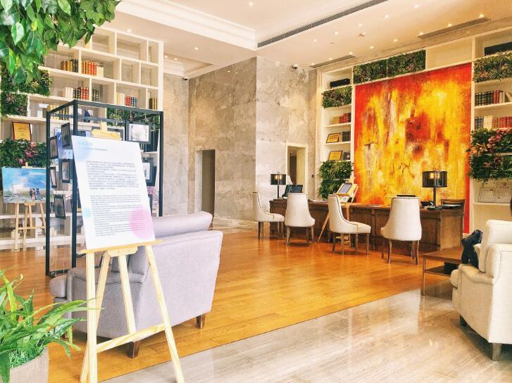 《美丽时代》影像及油画展览在深圳开幕 近距离感受法国魅力-新经济