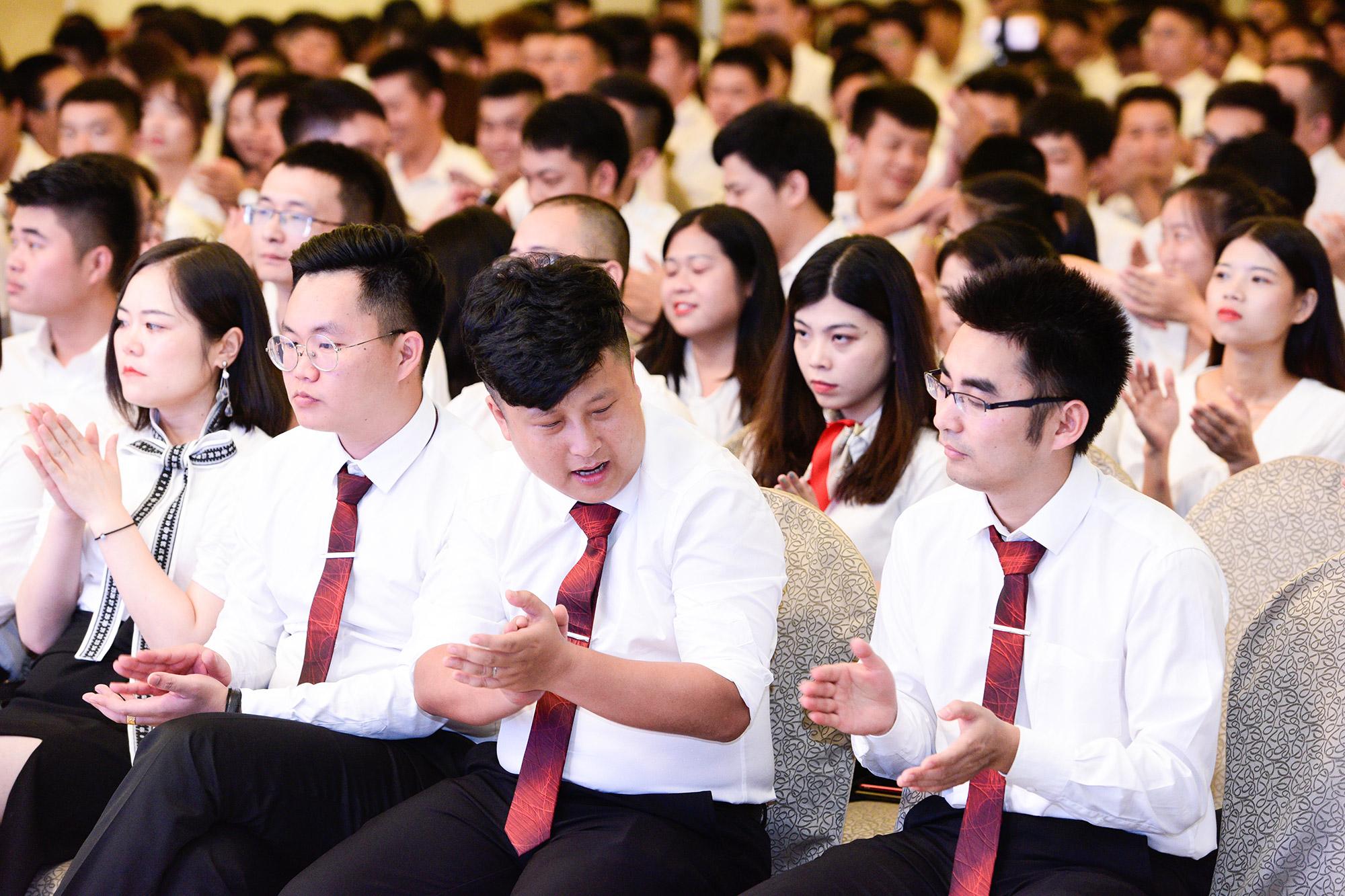 新疆阿凡提自由行在2019自由行旅游高峰论坛上亮