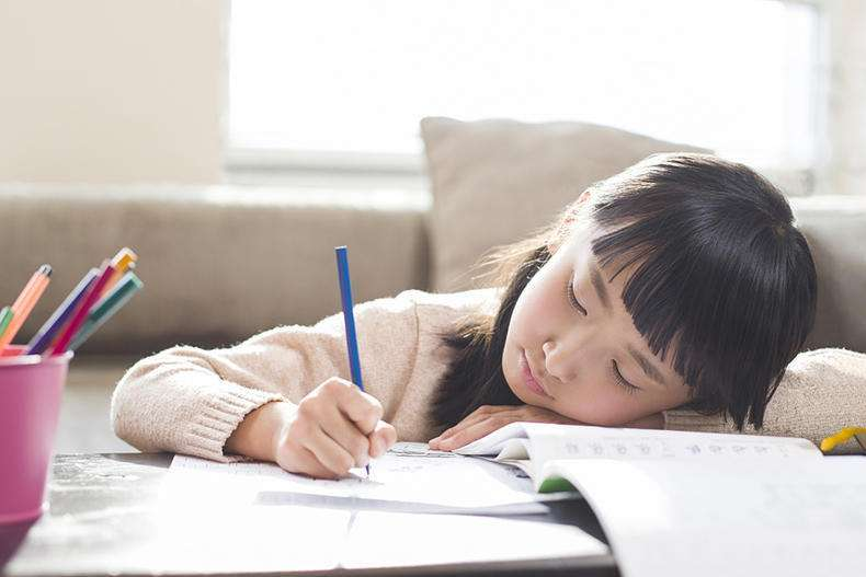 班主任提醒:暑期不注意这5个习惯,孩子开学很可能沦为差生!