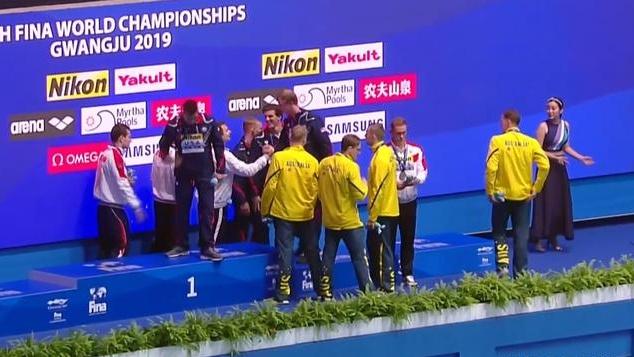 澳游泳队选手又被查出兴奋剂!霍顿不尊重队友?他像在向孙杨示威