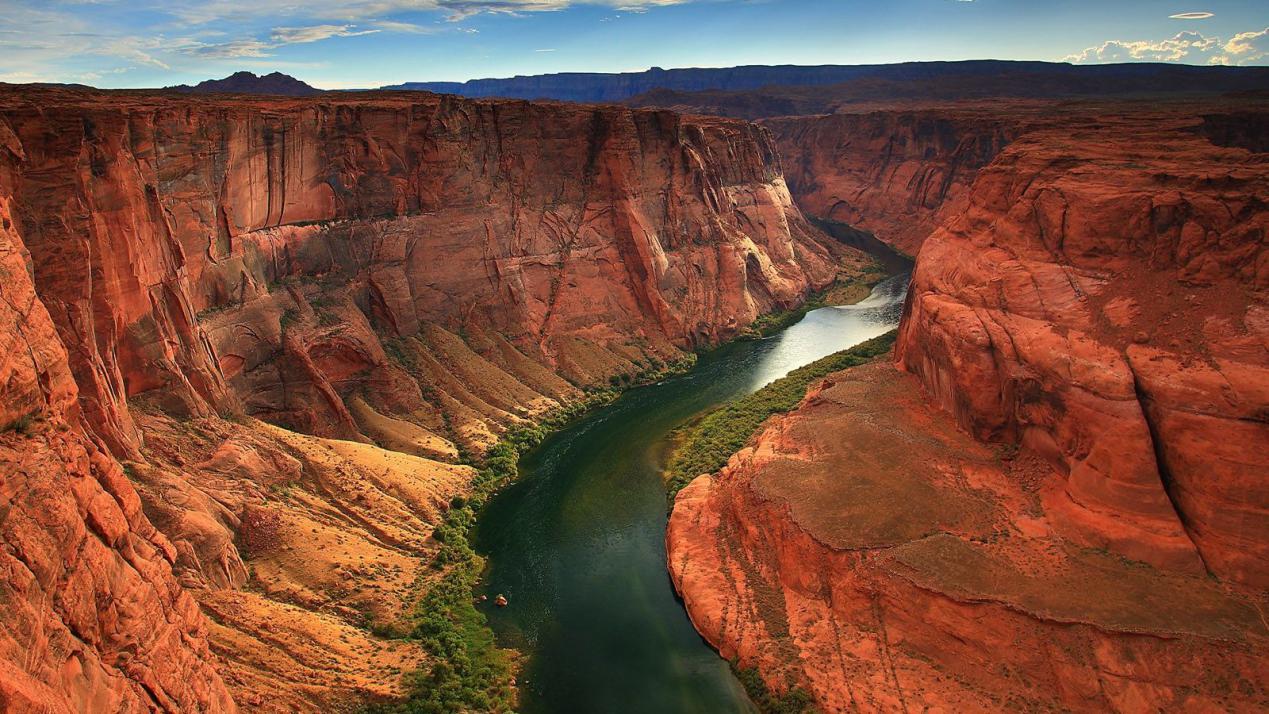"""沙漠中的""""巧克力河"""":一年只出现一次,数百名探险者因它失踪!"""