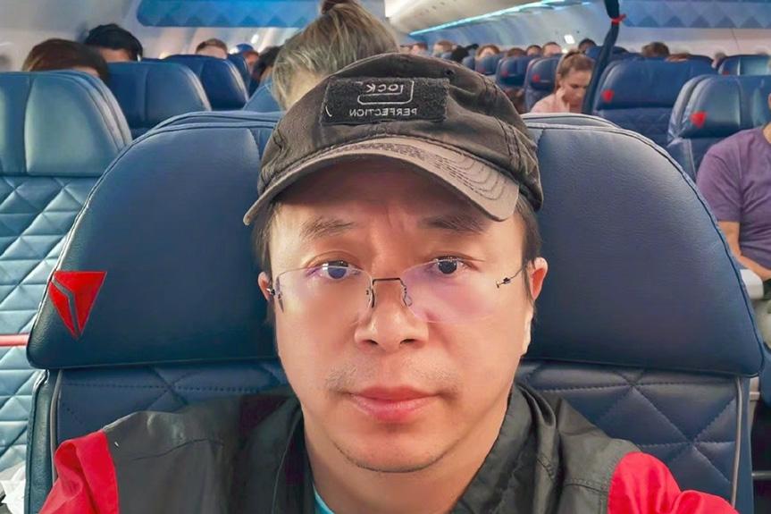 周鸿祎坐飞机途中碰到机组下班 结果让他彻底蒙了