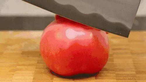 <b>有味儿西红柿,小时候的味道,沙瓤、有味、满满维C,一口爆汁,一口在嘴里,舌头一舔,绵软如沙</b>