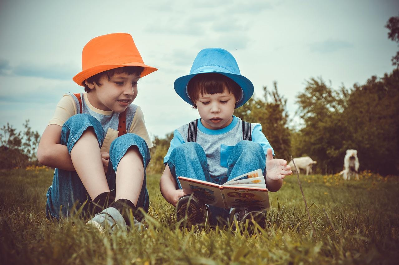 美国现实社会:穷人的孩子在减负,富人的孩子在苦读!
