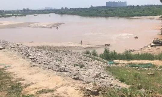 突发事件:西安渭河有3人溺水身亡,夏天酷热难,但戏水危险!