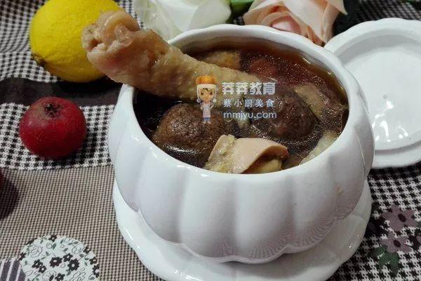 <b>催乳食谱——红菇炖鸡</b>