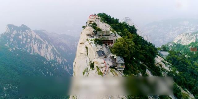 看到这位中国挑山工的故事 外国网友无比钦佩