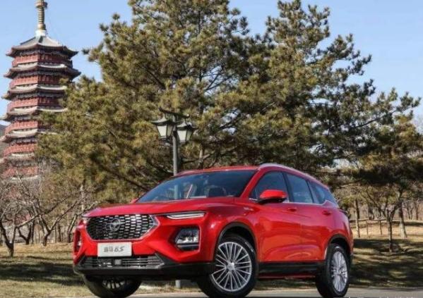 10多万人买了一辆国产SUV:新款海马8S,内饰配置性能极佳