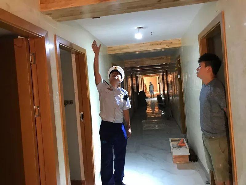 遂宁河东新区一酒店被临时查封,因为其使用这种材料装修…