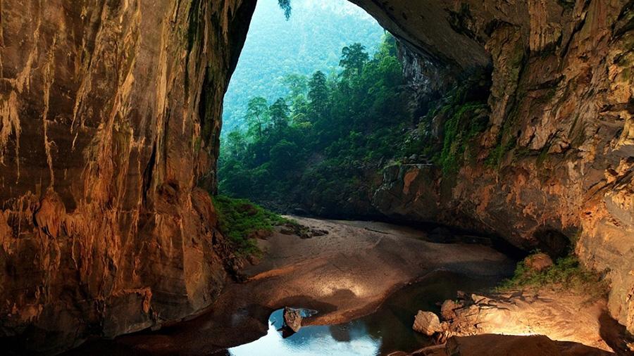世界最大天然洞穴在亚洲,可容纳40层大楼,位于丛林的地下秘境!