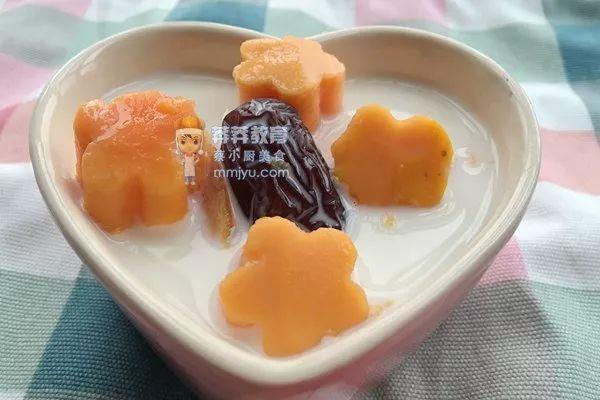 催乳食谱——木瓜红枣牛奶汤