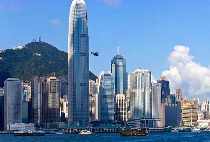 """去香港玩尽量少带3样""""物品"""",导游再三嘱咐:否则可能会拘留!"""