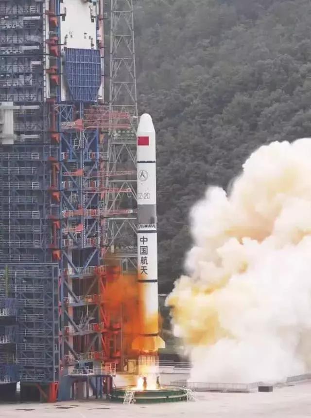 继续前进,中国长征火箭发动机可控着陆,准确定点多次使用