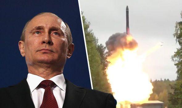 毫无征兆,俄军试射一枚白杨洲际导弹,飞越数千公里命中邻国