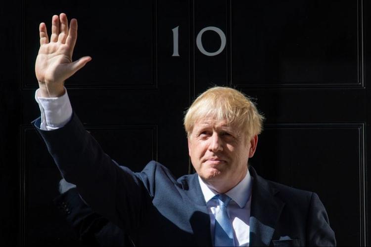 约翰逊拟抛10亿英镑准备硬脱欧,称出现混乱的概率仅百万分之一