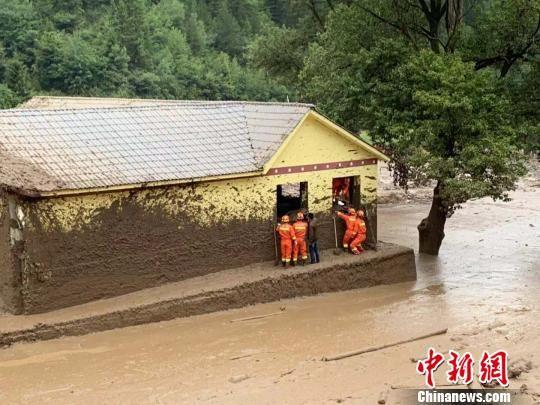甘肃甘南州迭部县发生山洪灾害 1人遇难3人失联