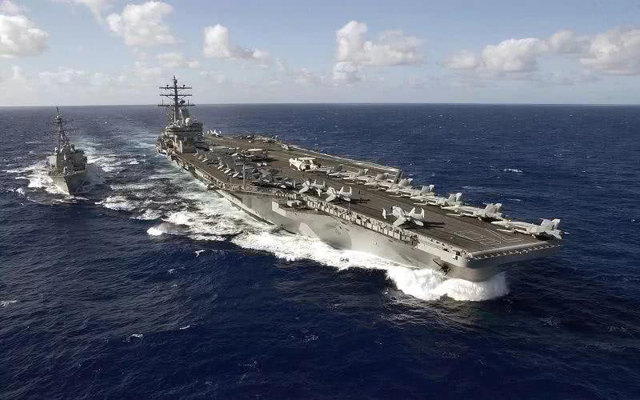 <b>联合国五常造出奇葩武器,冰航母甲板厚12米,夏天不会融化</b>