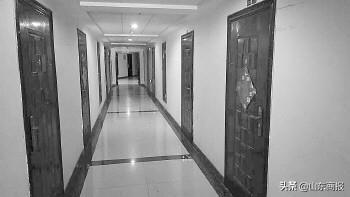 <b>济南一市民花46万买法院拍卖房 两年了没能进门</b>