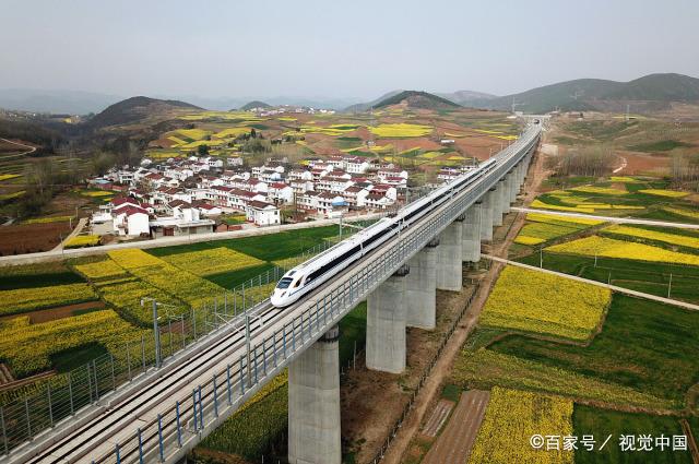 我国将建一条长1200公里的高铁,经过3省市,这个中部省成大赢家