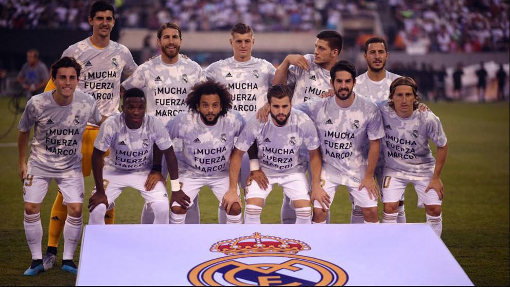 勇气可嘉!巴萨球迷在马德里德比中展示梅西球衣,结果悲剧了