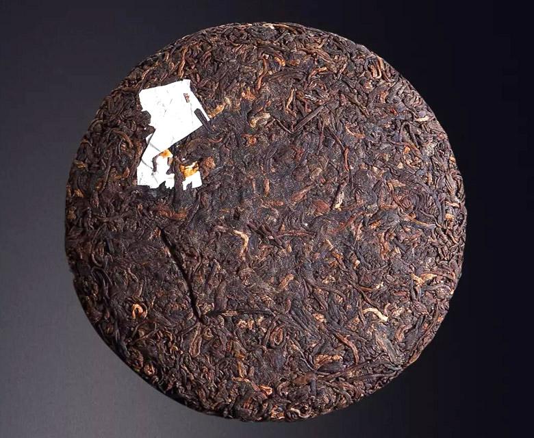 同样是普洱茶熟茶冲泡出来的茶汤为什么相差这么大?