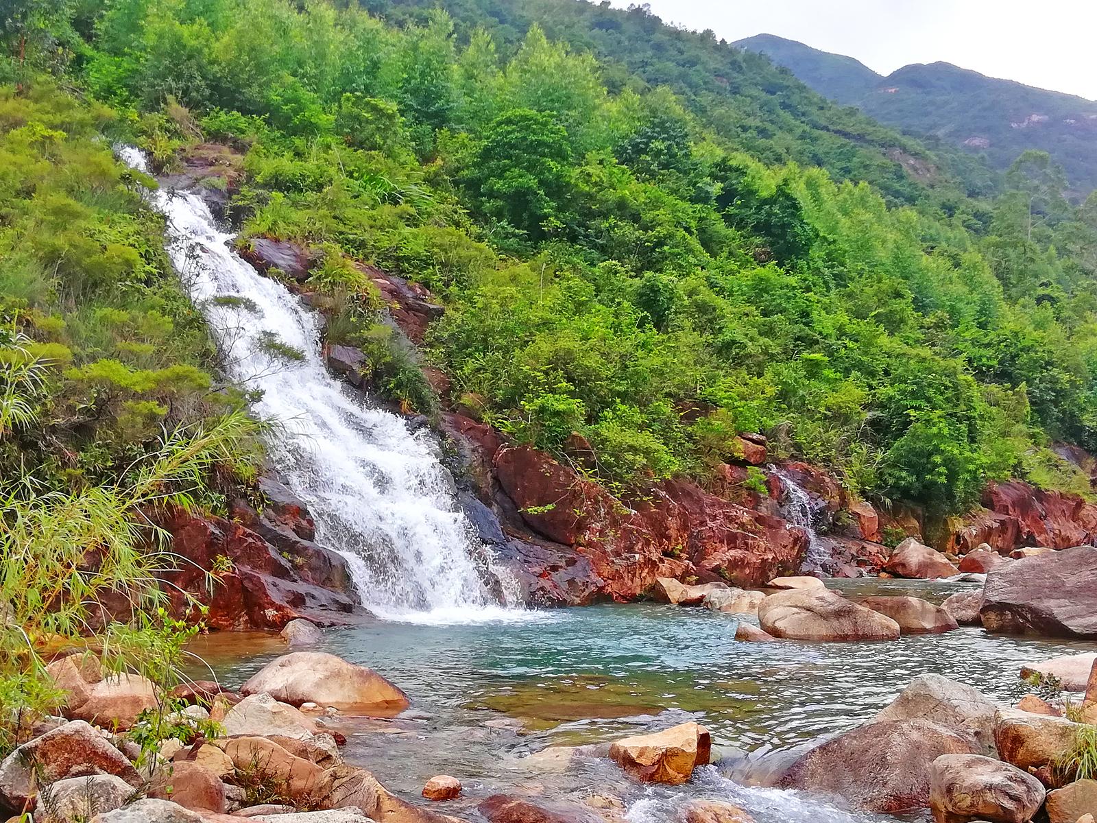 广东江门适合亲子戏水的溪谷,有私密沙滩,更难得的是人少又好走