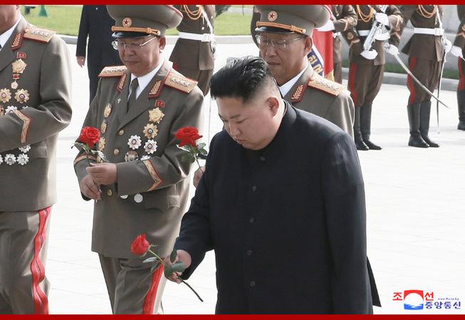 金正恩凭吊烈士陵园 纪念《朝鲜停战协定》签署66周年