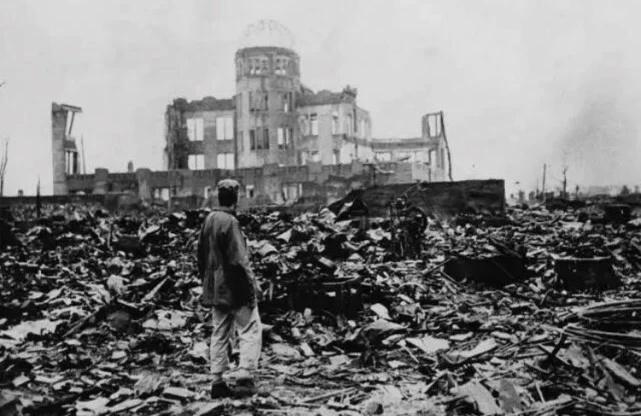 二战时,美军投广岛的原子弹为何在空中爆炸,而不是落地后引爆?