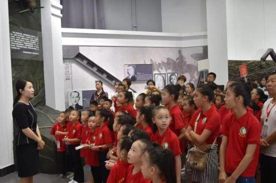 <b>东北烈士纪念馆深入开展青少年红色教育研学活动</b>