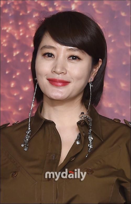 金惠秀被传将出演《星你》导演新作 经纪公司否认