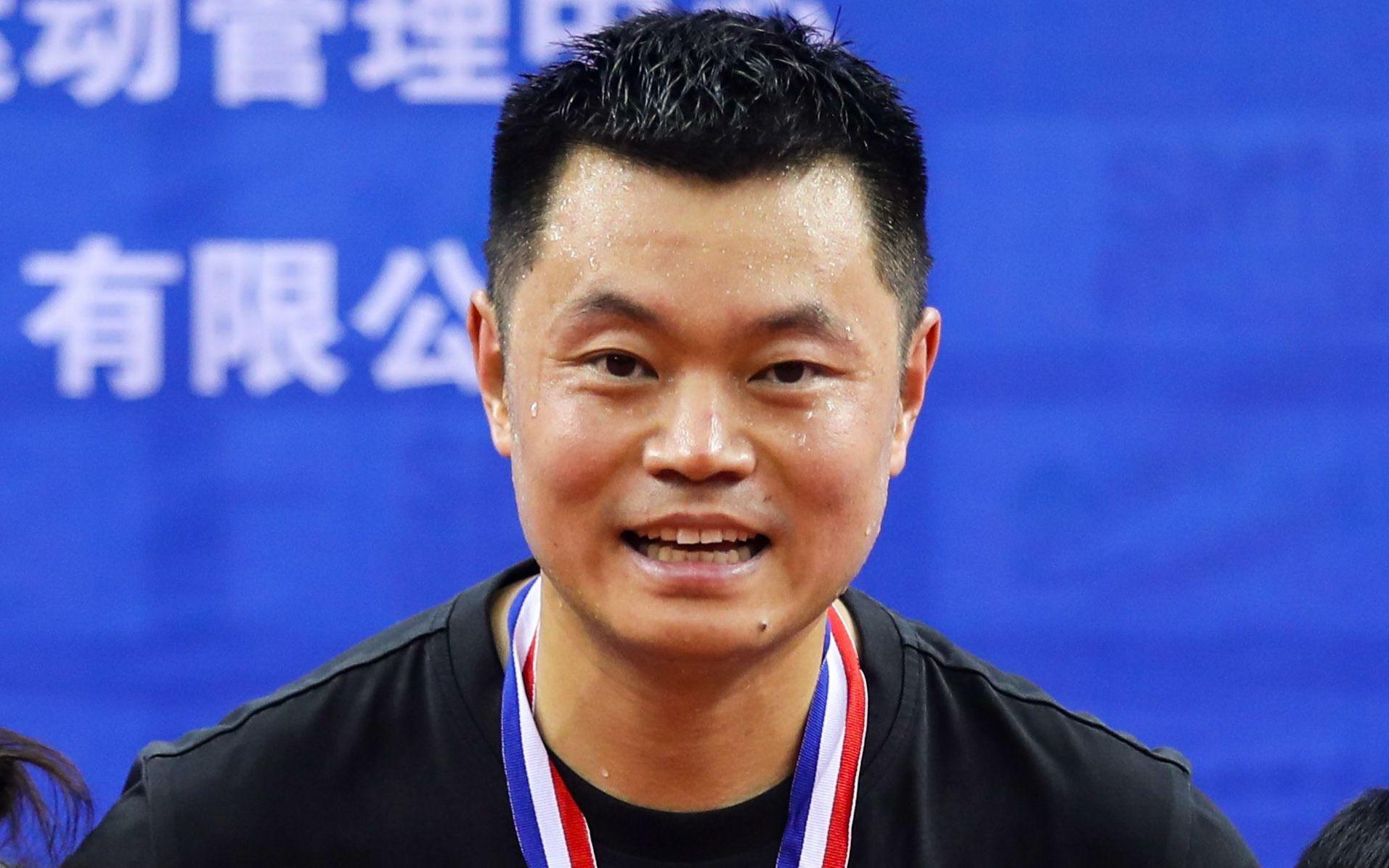 体育晨报:39岁侯英超创造中国乒坛奇迹