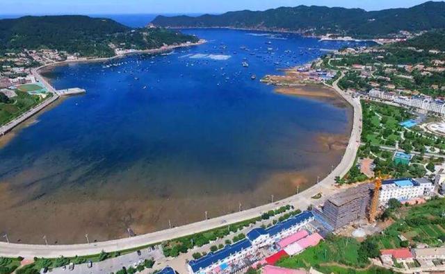 中国唯一的海岛边境县,每天出行全靠飞机,票价比坐船还便宜