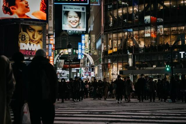 从吸金广告,我看到了人性的8种基本欲望!