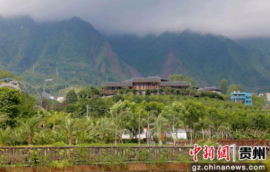 """贵州水城百车河:把景区做成产业 贫困户吃上""""旅游饭"""""""