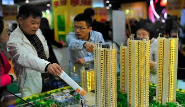 """一、政府加速建立""""立体住房保障房""""体系,对房地产市场实现釜底抽薪。"""