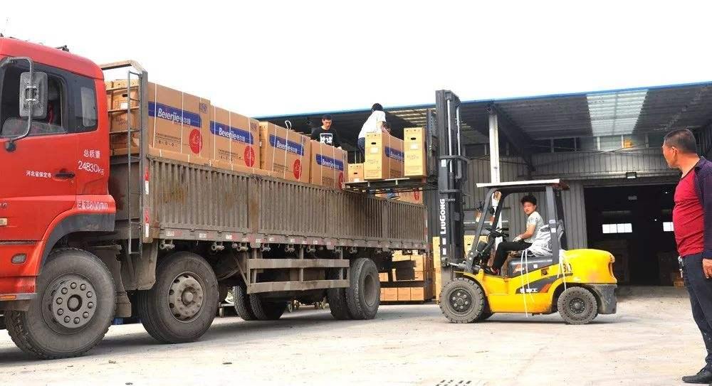 平衡重式叉车的装卸作业要求