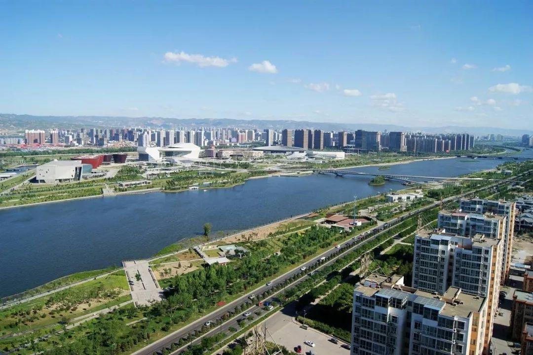 太原市从经济总量上看到_太原市街上图片