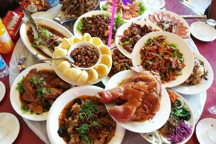 上不了台面的东北菜,已成为了南方人的乡愁,你吃过几种?